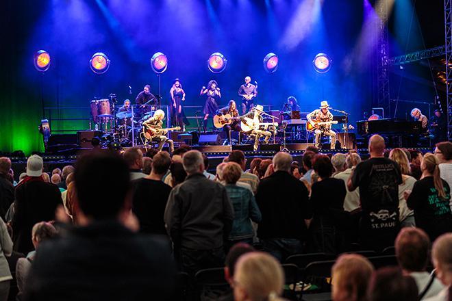 Konzertbesucher bei Westernhagen