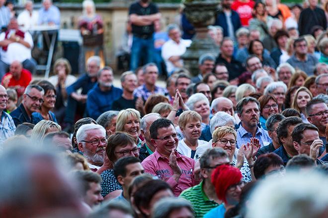 Ausschnitt vom Publikum beim Haindlingkonzert